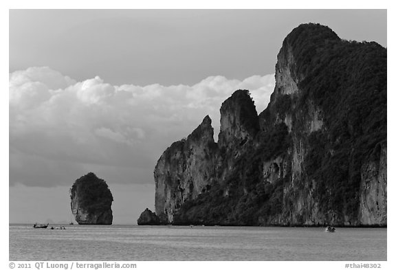 Cliffs and clouds, Lo Dalam bay, Ko Phi-Phi island. Krabi Province, Thailand (black and white)