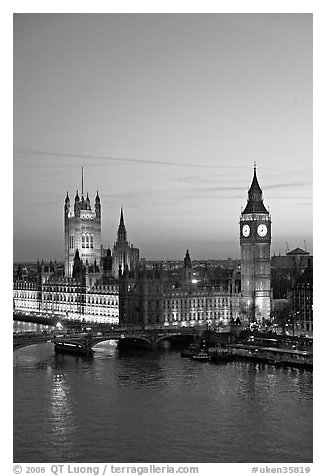 Houses of Parliament at sunset. London, England, United Kingdom (black and white)