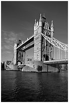 Tower Bridge, early morning. London, England, United Kingdom ( black and white)