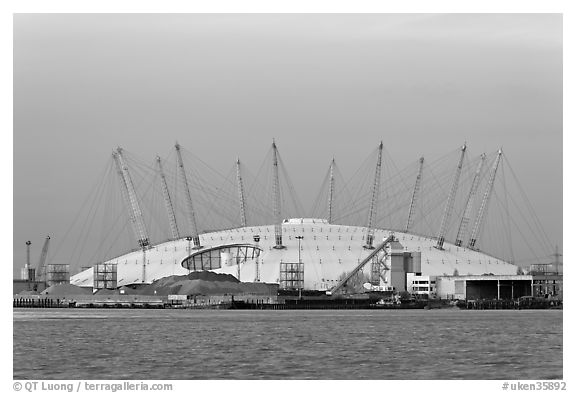 Millenium Dome at sunset. Greenwich, London, England, United Kingdom (black and white)