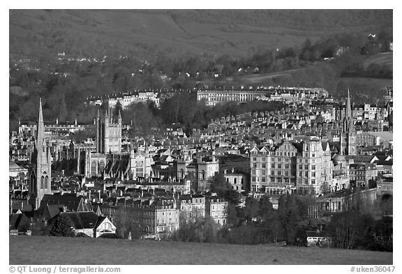 Churches, Abbey, Royal Crescent, early morning. Bath, Somerset, England, United Kingdom (black and white)