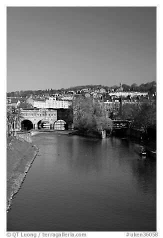 Avon River  and Pulteney Bridge, morning. Bath, Somerset, England, United Kingdom (black and white)