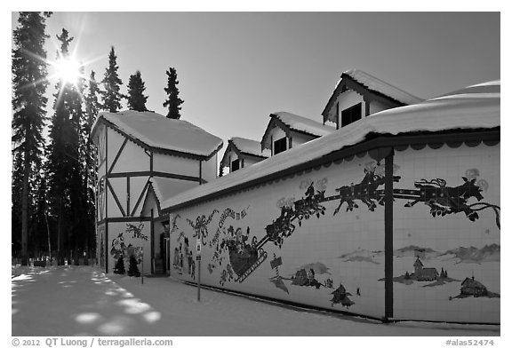 Santa Claus House and sun in winter. North Pole, Alaska, USA (black and white)