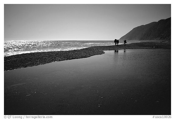 Pool and hikers, Lost Coast. California, USA (black and white)