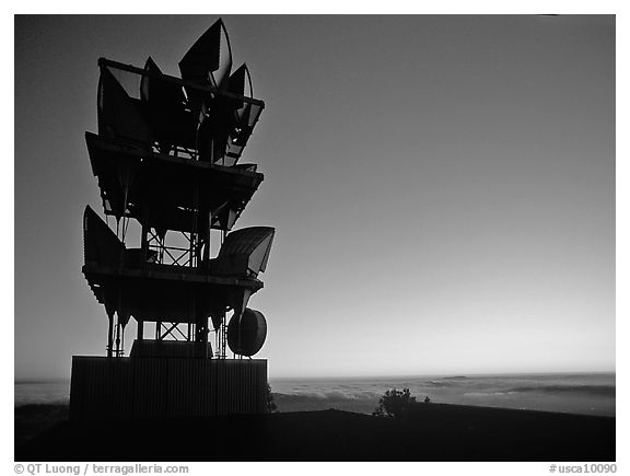Antennas of communication relay.  Mt Diablo State Park. California, USA