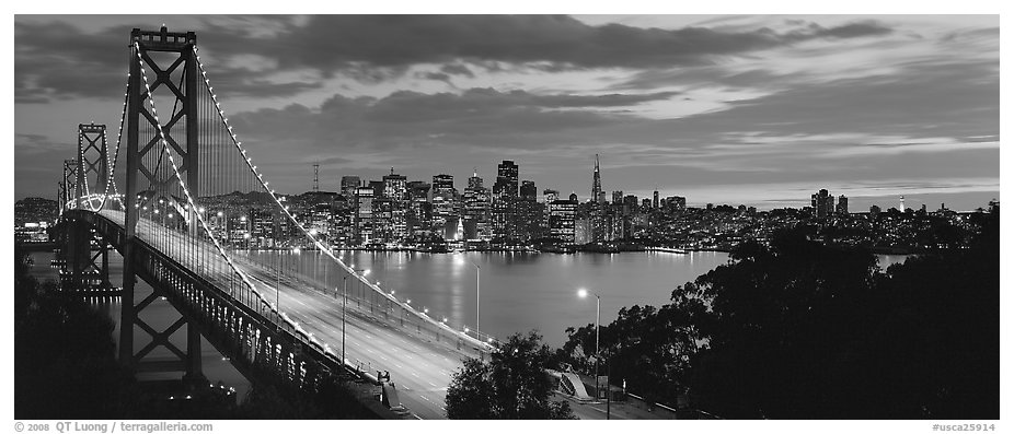 Panoramic black and white picture photo san francisco cityscape and bay bridge at sunset san francisco california usa