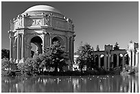 Rotunda and colonades, Palace of Fine Arts, morning. San Francisco, California, USA (black and white)