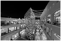 Westfield Shoppingtown Horton Plaza, designed by Jon Jerde. San Diego, California, USA ( black and white)
