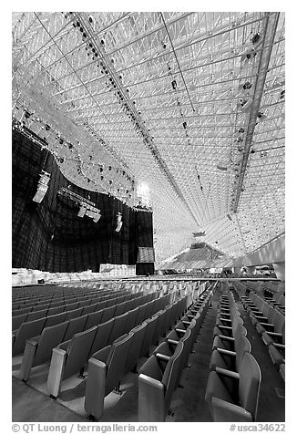 Interior of the Crystal Cathedral, with seating for 3000. Garden Grove, Orange County, California, USA (black and white)