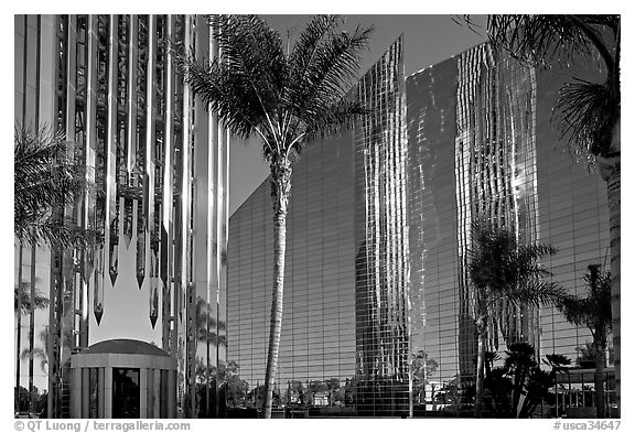 Bell Tower, Crystal Cathedral and reflections. Garden Grove, Orange County, California, USA (black and white)