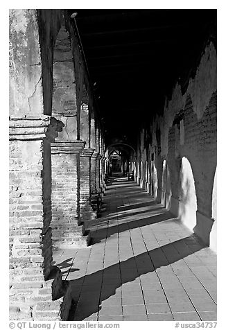 Corridor. San Juan Capistrano, Orange County, California, USA (black and white)