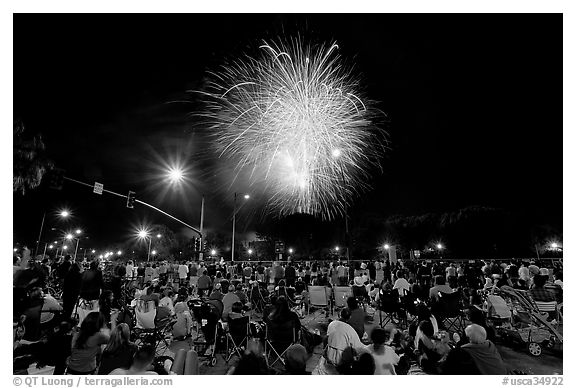Crowds watching fireworks, Independence Day. San Jose, California, USA (black and white)