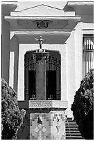 Statue and fountain, Rosicrucian Park. San Jose, California, USA ( black and white)