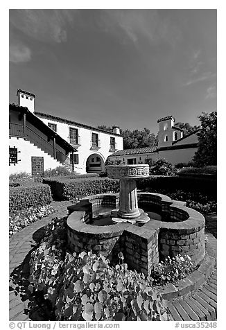 Fountain and garden, Allied Arts Guild. Menlo Park,  California, USA (black and white)