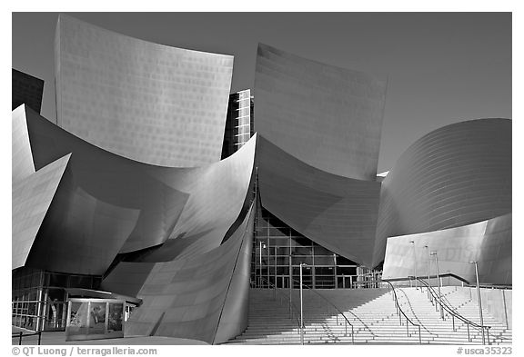Main entrance of the Walt Disney Concert Hall. Los Angeles, California, USA (black and white)