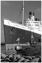 Queen Mary and Scorpion submarine. Long Beach, Los Angeles, California, USA ( black and white)