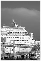 Cruise ship. Long Beach, Los Angeles, California, USA (black and white)