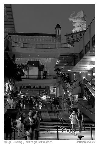 Hollywood and Highland shopping complex and dusk. Hollywood, Los Angeles, California, USA (black and white)