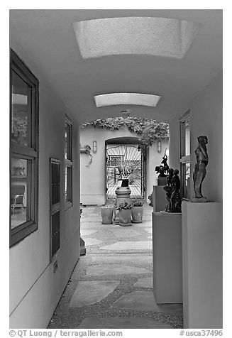 Art gallery with courtyard. Half Moon Bay, California, USA (black and white)