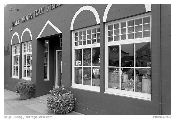 Half Moon bay feed store. Half Moon Bay, California, USA (black and white)