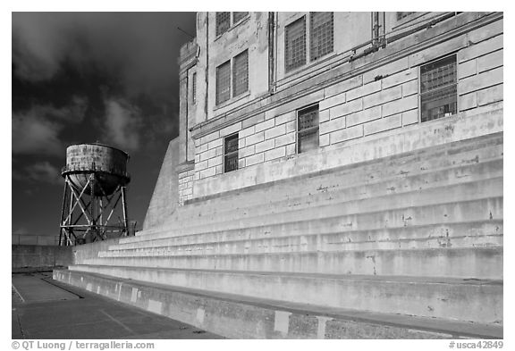 Recreation Yard and water tower, Alcatraz. San Francisco, California, USA (black and white)