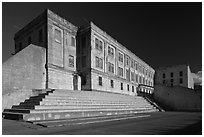 Alcatraz Penitentiary and exercise yard. San Francisco, California, USA (black and white)