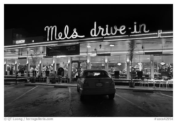 Mels drive-in dinner at night. San Francisco, California, USA