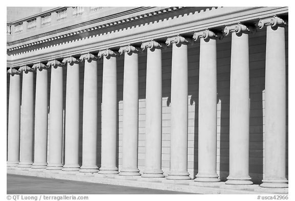 Columns, California Palace of the Legion of Honor. San Francisco, California, USA