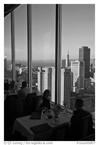 Rooftoop restaurant dining with a view. San Francisco, California, USA (black and white)