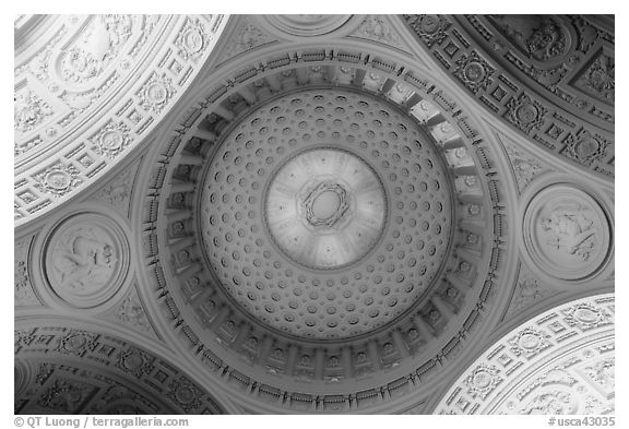 City Hall dome from below, fifth largest in the world. San Francisco, California, USA (black and white)