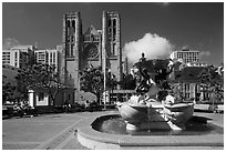 Fountain and Grace Cathedral, Nob Hill. San Francisco, California, USA (black and white)
