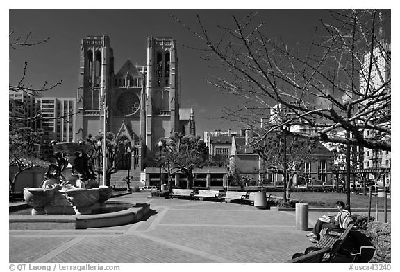 Huntington Park and Grace Cathedral. San Francisco, California, USA (black and white)