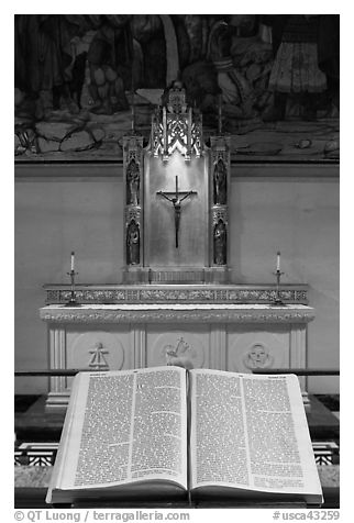 Bible and crucifix, Grace Cathedral. San Francisco, California, USA (black and white)