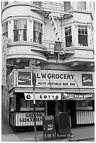 Grocery store. San Francisco, California, USA ( black and white)