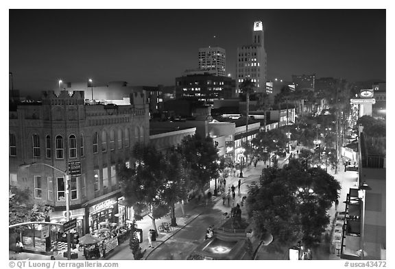 Night view from above of Third Street Promenade. Santa Monica, Los Angeles, California, USA (black and white)