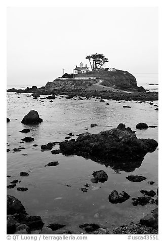 Crescent City Lighthouse, Crescent City. California, USA (black and white)