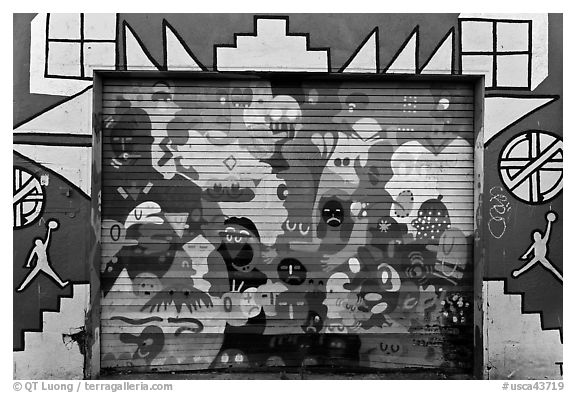 Painted garage door, Mission District. San Francisco, California, USA (black and white)