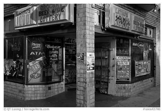 Black and white picture photo corner grocery and liquor store mission district san francisco california usa