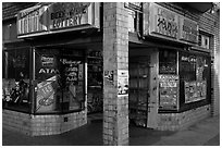 Corner grocery and liquor store, Mission District. San Francisco, California, USA ( black and white)