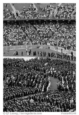 Graduates, exiting faculty, and spectators, commencement. Stanford University, California, USA (black and white)