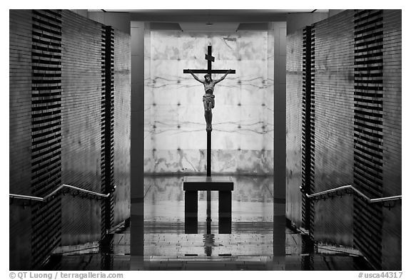 View entering crypt, Christ the Light Cathedral. Oakland, California, USA (black and white)