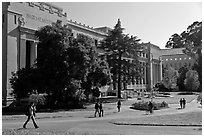 Students walking in front of Life Sciences building. Berkeley, California, USA (black and white)
