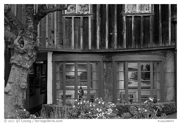 Art gallery housed in old house. Carmel-by-the-Sea, California, USA (black and white)