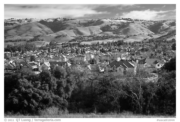 Evergreen Valley and hills in winter. San Jose, California, USA (black and white)