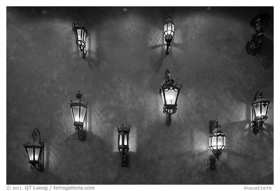 Lights. Santana Row, San Jose, California, USA (black and white)