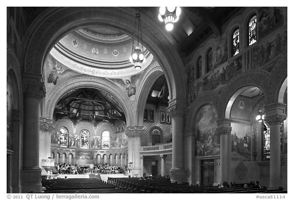 Inside Memorial Church. Stanford University, California, USA (black and white)