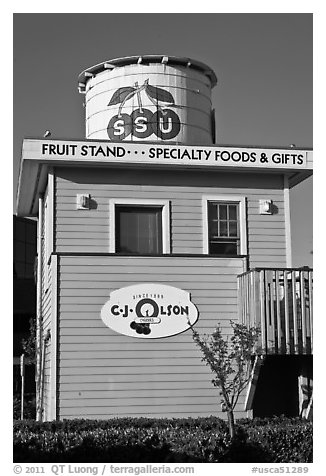 Historic fruit stand, Sunnyvale. California, USA (black and white)