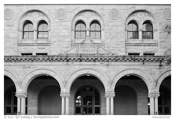 Encina Hall facade. Stanford University, California, USA (black and white)