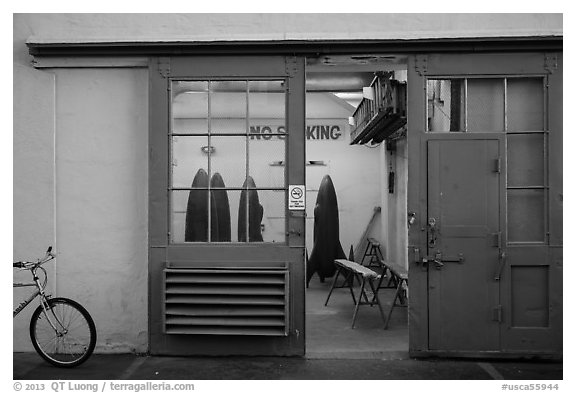 Room with rockets, Paramount Pictures Studios. Hollywood, Los Angeles, California, USA (black and white)