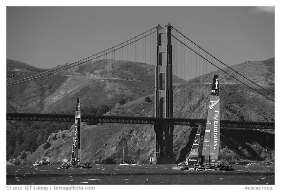 USA and New Zealand America's cup boats and Golden Gate Bridge. San Francisco, California, USA (black and white)